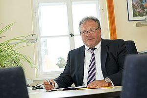Verwaltungsdirektor Dr. Matthias Schröter